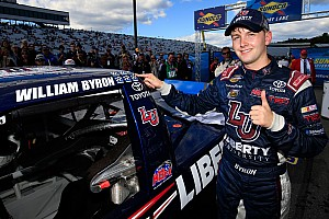 NASCAR Truck Race report Byron dominates, wins Truck Chase opener