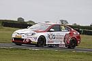BTCC Croft BTCC: Sutton takes maiden win in wet Race 3