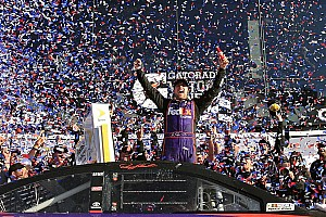 NASCAR Sprint Cup Race report Denny Hamlin wins first Daytona 500 in spectacular photo finish