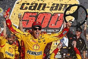 NASCAR Sprint Cup Reporte de la carrera Logano y Busch amarrán los últimos boletos al Chase