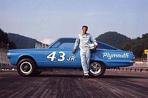 Monster Energy NASCAR Cup News NASCAR-Legende Richard Petty erhält besondere Drag-Rennen-Auszeichnung