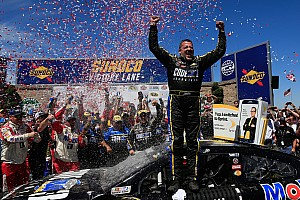 NASCAR Sprint Cup Race report Tony Stewart moves Hamlin and ends three-year winless streak