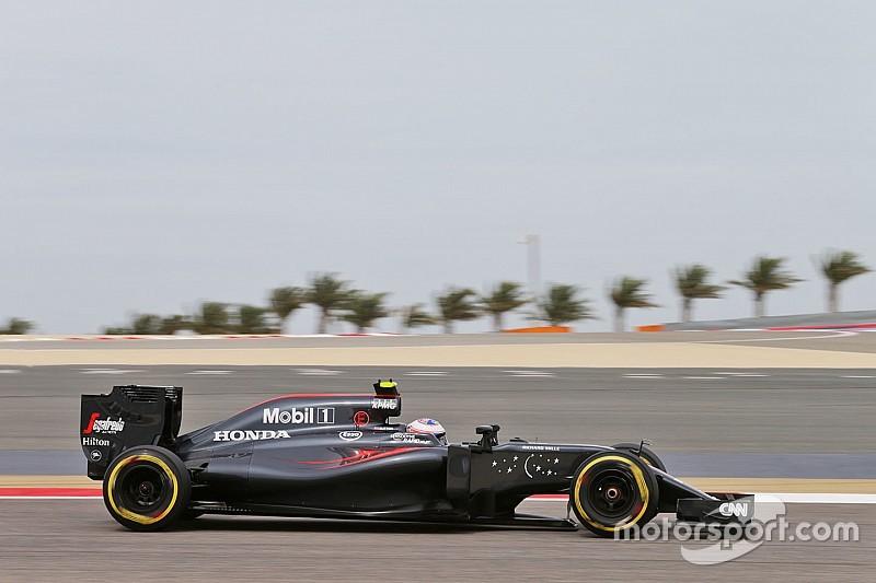 McLaren performing