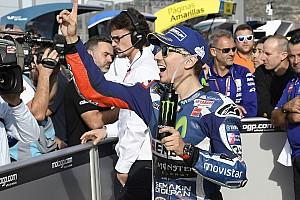MotoGP BRÉKING MotoGP: Lorenzo és Iannone meghatódtak, Marquez küzdött