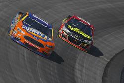 Ricky Stenhouse Jr., Roush Fenway Racing Ford, Clint Bowyer, HScott Motorsports Chevrolet