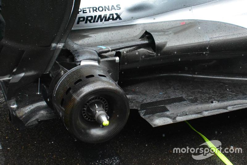 Mercedes AMG F1 W07, Hintere Bremsbelüftung