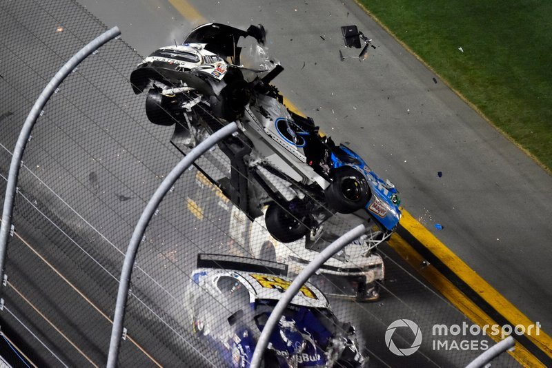 Ryan Newman treated by NASCAR paramedic 35 seconds after crash