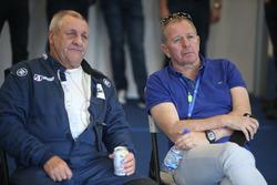 Richard Dean and Martin Brundle, United Autosports
