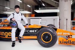 Ma Qing Hua tests an Arrows F1