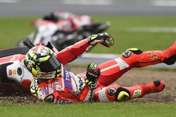 MotoGP 2016 Motogp-british-gp-2016-andrea-iannone-ducati-team-crash