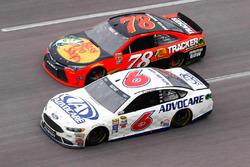 Martin Truex Jr., Furniture Row Racing Toyota, Trevor Bayne, Roush Fenway Racing Ford