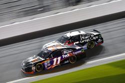 Denny Hamlin, Joe Gibbs Racing Toyota and Kasey Kahne, Hendrick Motorsports Chevrolet