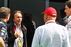 Christian Horner, Red Bull Racing Team Principal with Emerson Fittipaldi, Niki Lauda, Mercedes Non-Executive Chairman and Toto Wolff, Mercedes AMG F1 Shareholder and Executive Director