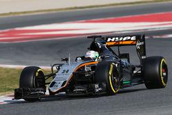 Formula 1 2016 Paint Schemes F1-barcelona-february-testing-2016-alfonso-celis-jr-sahara-force-india-f1-vjm09