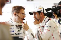 Andreas Seidl, Team Principal Porsche Team, Neel Jani, Porsche Team