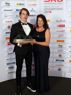 Sean Edwards Trophy winner, Jules Szymkowiak with Daphne McKinley Edwards, Chairman and Founder of Sean Edwards Foundation
