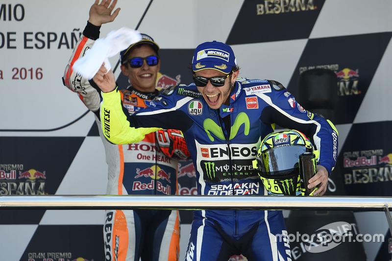 Podium: winner Valentino Rossi, Yamaha Factory Racing, third place Marc Marquez, Repsol Honda Team