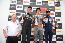 Winner Matheus Leist, Double R Racing, second place Thomas Randle, Douglas Motorsport, third place Tarun Reddy, Fortec Motorsports