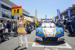 Grid girl of #18 Team Upgarage With Bandoh Toyota MC86: Yuhki Nakayama, Shinnosuke Yamada