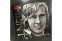 Formula 1 Photos - James Hunt Biography