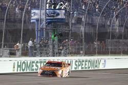 Daniel Suarez, Joe Gibbs Racing Toyota takes the win