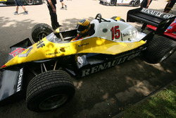 Renault RE40