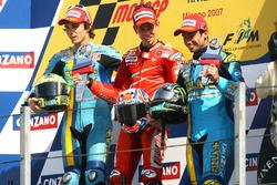 Podium: Winner Casey Stoner, Ducati; second place Chris Vermeulen, Suzuki; third place John Hopkins, Suzuki