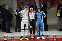Podium: Second place Ferdinand Habsburg, Fortec Motorsports; Winner Sacha Fenestraz, Tech 1 Racing; third place Max Defourny, R-ace GP