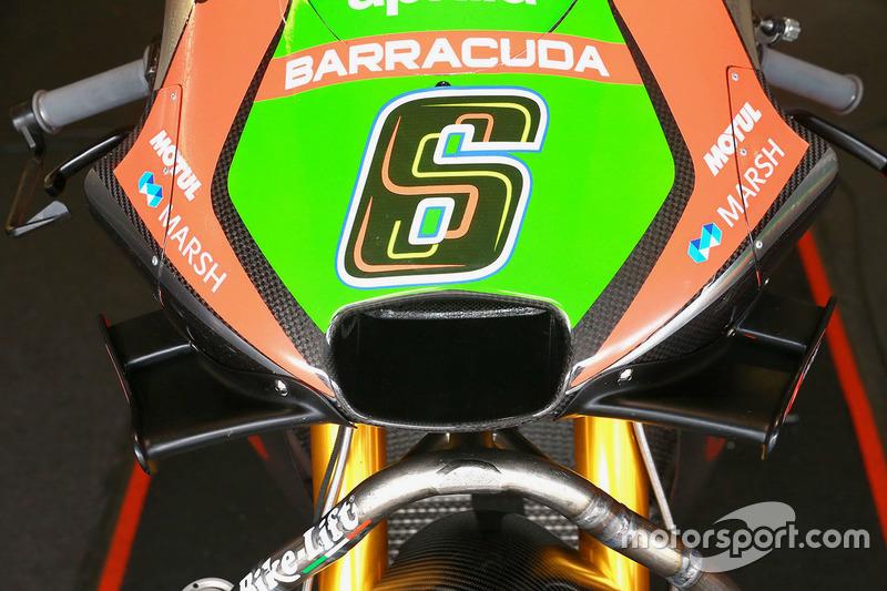 Stefan Bradl, Aprilia Racing Team Gresini wings detail