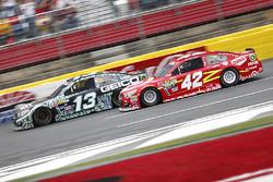 Casey Mears, Germain Racing Chevrolet, Kyle Larson, Chip Ganassi Racing Chevrolet