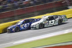 Aric Almirola, Richard Petty Motorsports Ford, Casey Mears, Germain Racing Chevrolet