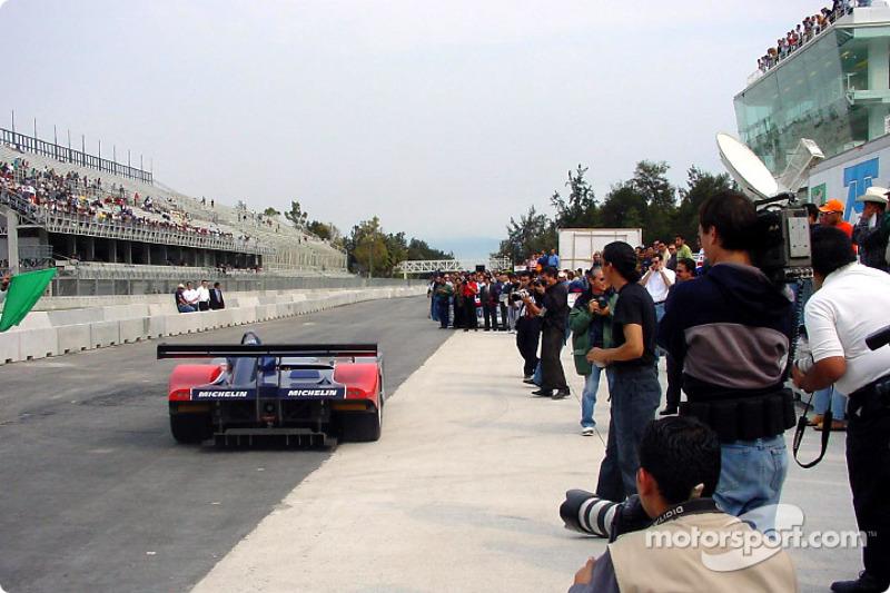 David Brabham turns first laps at Mexico City circuit