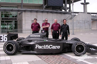 IRL: Junqueira returns to Indy with Newman/Haas Racing