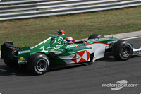 Webber chasing more points