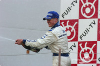 Williams aiming for positive finish