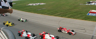 IndyCar IRL: Wheldon chases first title with Chicagoland win