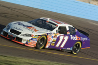 Hamlin lands Phoenix pole