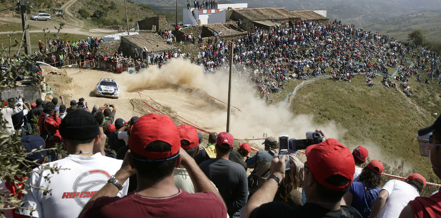 Loeb stretches his lead in Rally Portugal
