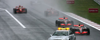 Hamilton wins rain-soaked Japanese GP