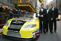 Stewart departs from JGR for new 2009 challenge