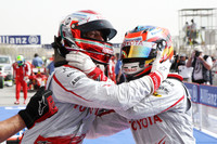 Trulli, Glock take Bahrain front row