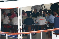 FIA, FOTA talk; F1 hangs in balance