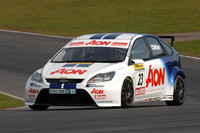 Ford's qualifying dominance goes on at Croft