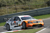 Paffett leads Mercedes 1-2 at Zandvoort