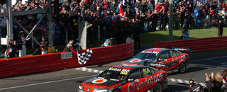 Supercars Lowndes and Skaife claim another Bathurst 1000 title