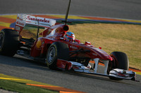 Alonso fastest in Valencia's Wednesday test day