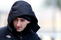Kubica hospitalized after serious crash