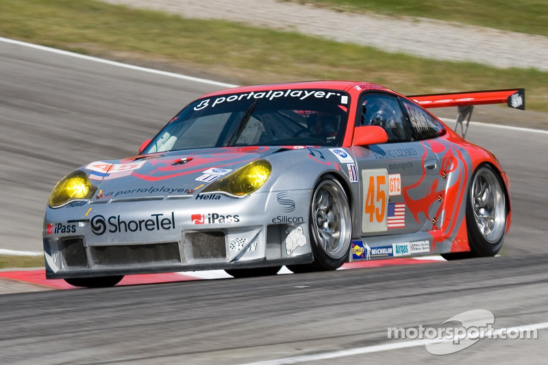 Flying Lizard Motorsports hour 4 report