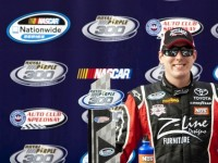 Kyle Busch wins Nationwide race in Fontana