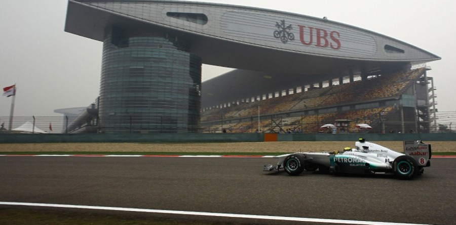 Rosberg angry after missed chance in China - reports